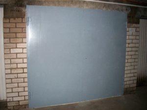 Metalinės garažo durys kaina